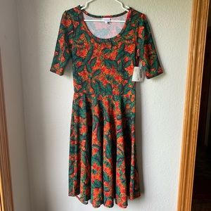 LuLaRoe Nicole. Medium. Vibrant colors!!! NWT!!